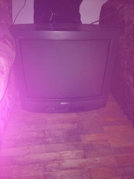 Отдам телевизор