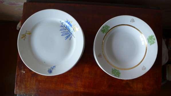 Фарфоровые тарелки D 24 см