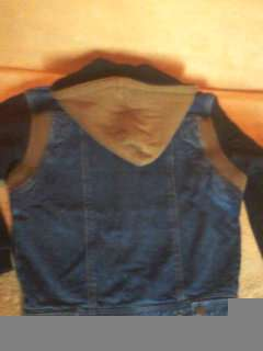 Джинсовая куртка демисезонная НОВАЯ