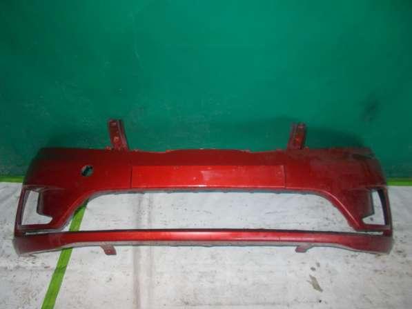 Kia Rio 3 - Красного цвета Передний бампер Оригинальный. Б/У