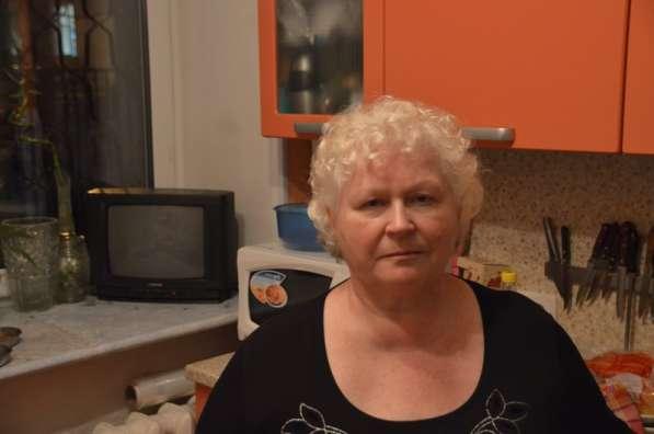 Александра, 65 лет, хочет познакомиться