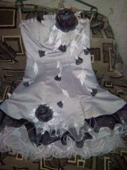 Платье выпускное красивое