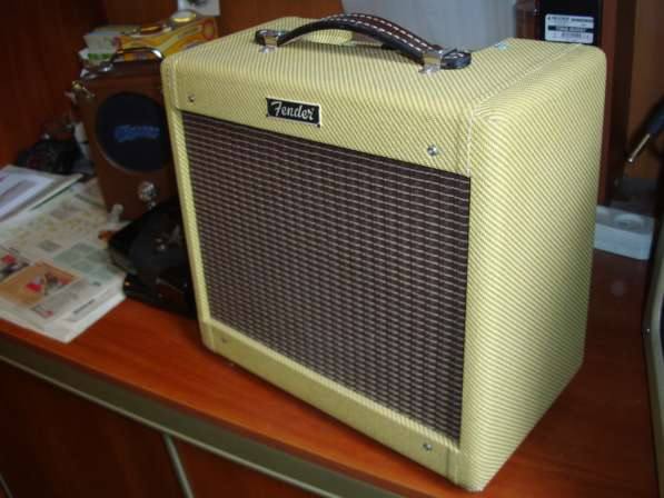КОМБИК TWEED Fender champ