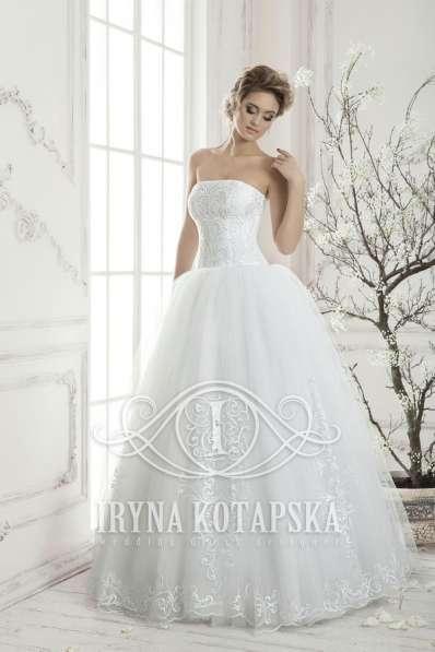 Белоснежное свадебное платье Ирины Котапской