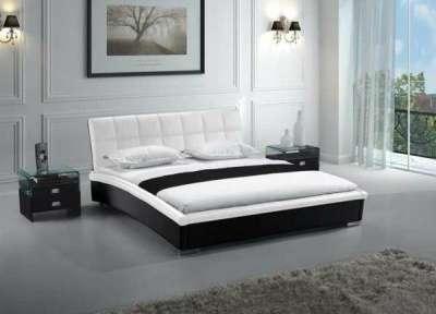 Кровать, тумбы, комод