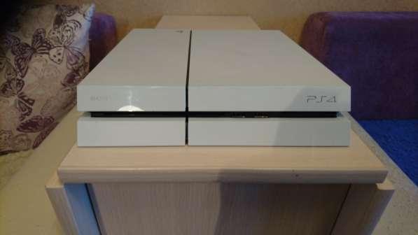 Продам игровую Приставку Sony Playstation 4 (500)Гб