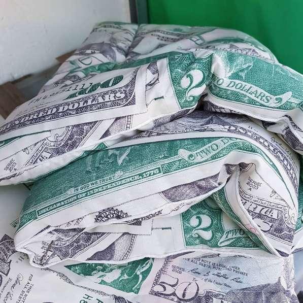 Продам подушки и одеяла