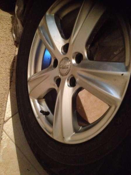 Продажа комплекта колес