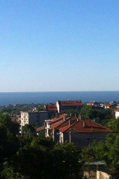 Квартира в строящемся доме с видом на море в Болгарии в фото 3