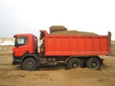 Песок (мытый, карьерный), щебень, земля с доставкой