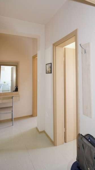 Квартира в новом доме с видом на море в фото 5