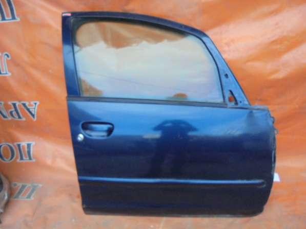 митсубиси кольт 2005 дверь передний правый всборе