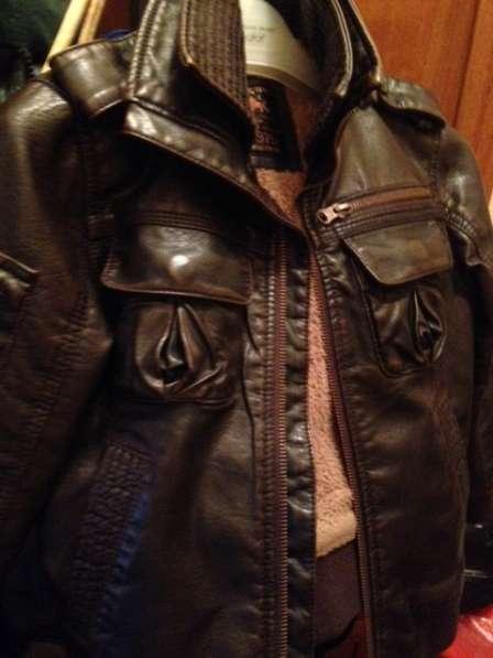 Куртка для мальчика кожа от 4-6 лет