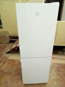 Холодильник Indesiit ef16, в Томске