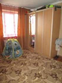 В Кропоткине по ул. Коммунистической 1-к. квартира 34,3 кв.м, в Краснодаре