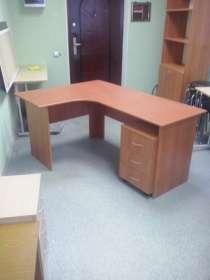 Угловой стол, в Астрахани