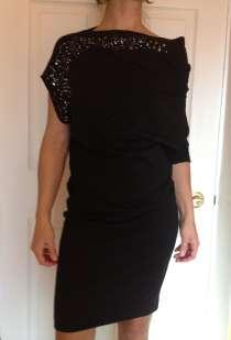 Платье нарядное размера s, в Екатеринбурге
