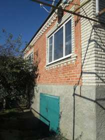 В Кропоткине дом по Целинной дом 160 кв. м. на участке 6 сот, в Краснодаре
