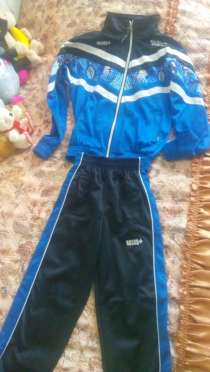 Продам спортивный костюм, в г.Ленинск-Кузнецкий
