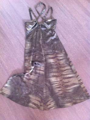 Шикарное платье Max Mara
