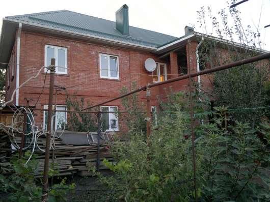 Обменяю в городе Краснодаре дом 2 этажа 400 кв. м на 5 вход