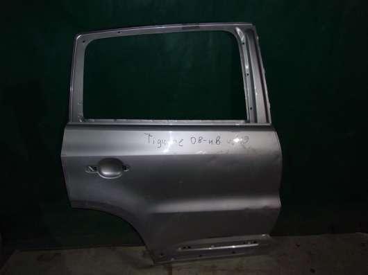 Volkswagen Tiguan правая задняя дверь