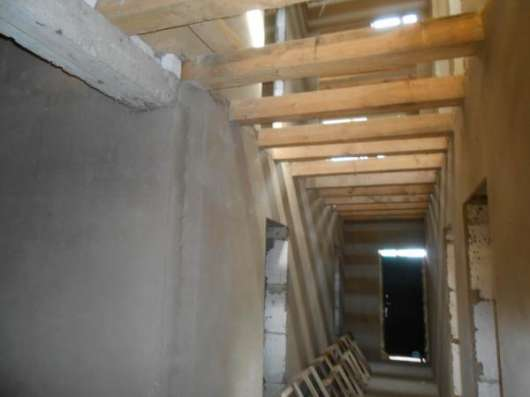 Продается дом под чистовую отделку с участком 10 соток в дер. Павлищево, Можайский район,100 км от МКАД по Минскому шоссе.
