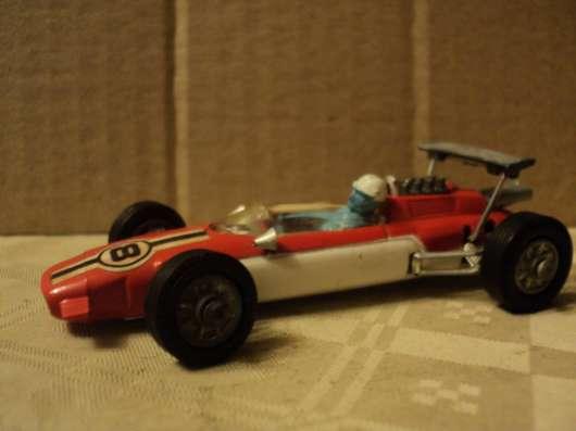 Масштабная модель автомобиля LOTUS