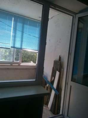 Продаем двухкомнатную квартиру в тихом микрорайоне