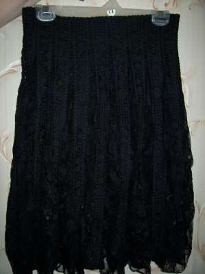 Черная гипюровая юбка, размер 44-46