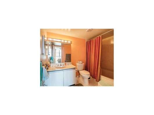 Квартира в Санни-Айлс-Бич в кондоминиуме Fairview House