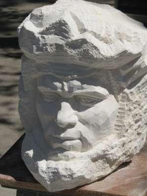 СКУЛПТУРА от камък и бронз в г. Враца Фото 4