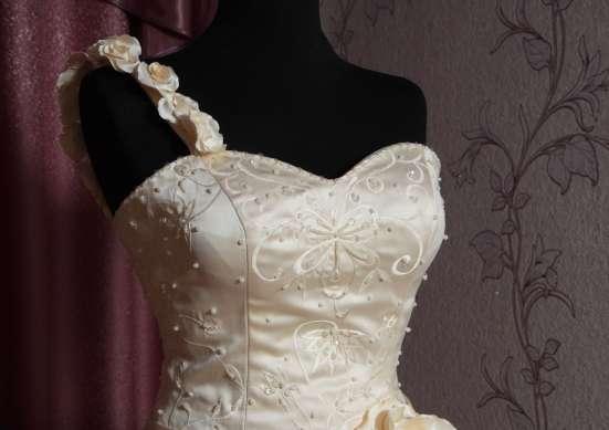 Оригинальное свадебное платье в г. Симферополь Фото 2