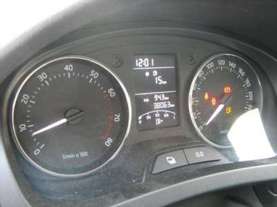 автомобиль Skoda Rapid
