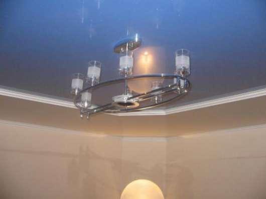 Натяжные потолки + третий потолок в подарок
