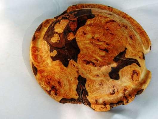 Тарелка из капа осины