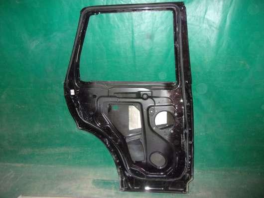 Дверь левая Land Rover Sport(05-13 гг.)