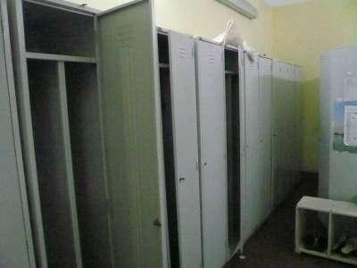 Шкаф металлический для хранения одежды ШРМ-21