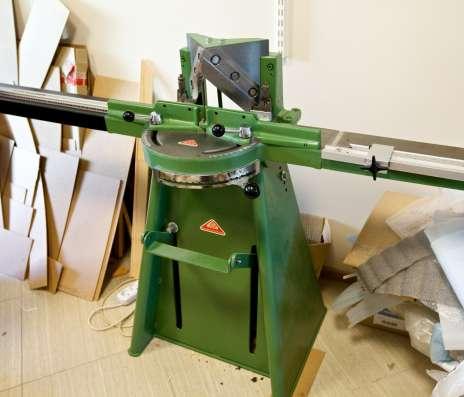 Оборудование для багетной мастерской