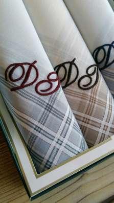 Вышивка монограммы на носовых платках за 1 день
