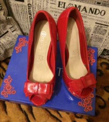 Продам шикарные лаковые туфельки, р.36 в Екатеринбурге Фото 2