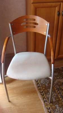 Продам стол со стеклянной столешницей и стулья в Томске Фото 1
