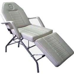 Кресла косметологические в ассортименте
