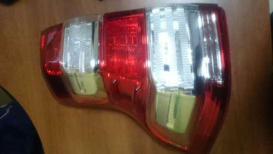 Фонарь левый Toyota Land Cruiser Prado