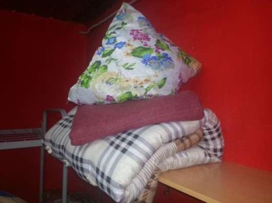 Металлические кровати и Матрацы для строек, гостиниц, общежитий.