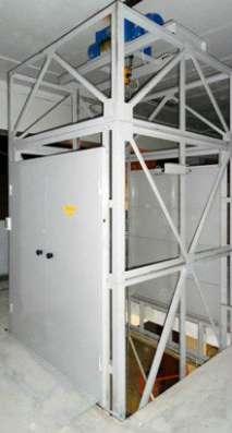 Грузовой подъемник (аналог лифта)