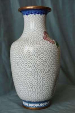 Старинная ваза. Эмали в технике Клуазоне. Китай, нач. ХХ в.