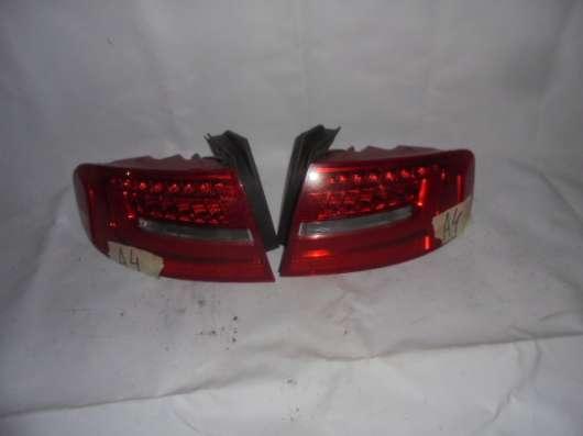 Комплект фонарей Audi A4 B8