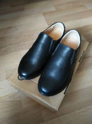 Кожаные ботинки на мальчика