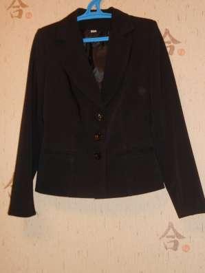Продам костюм, юбка+пиджак, размер 46